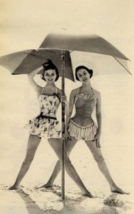 Vintage+Girls+Umbrella